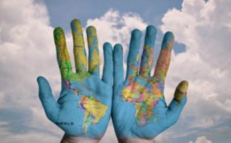 Ayuda a la cooperación internacional
