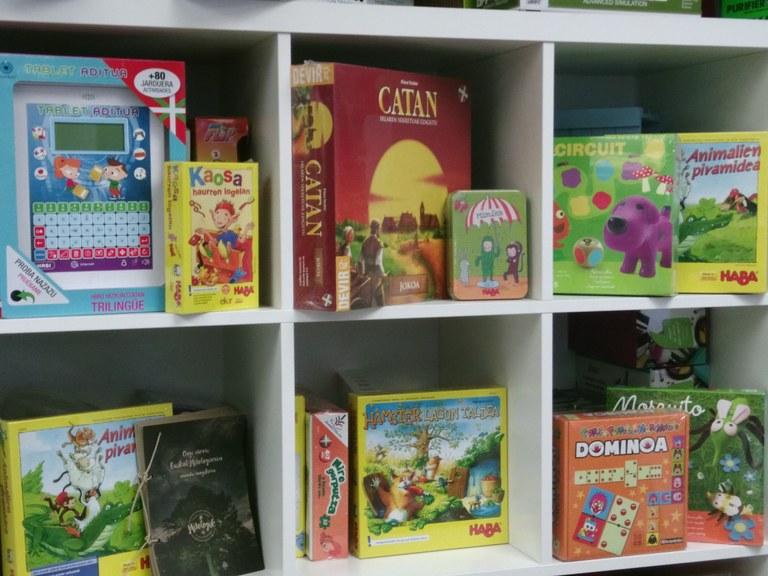 Campaña de compra de productos en euskera
