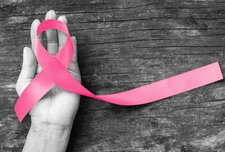 Campaña de detección del cáncer de mama