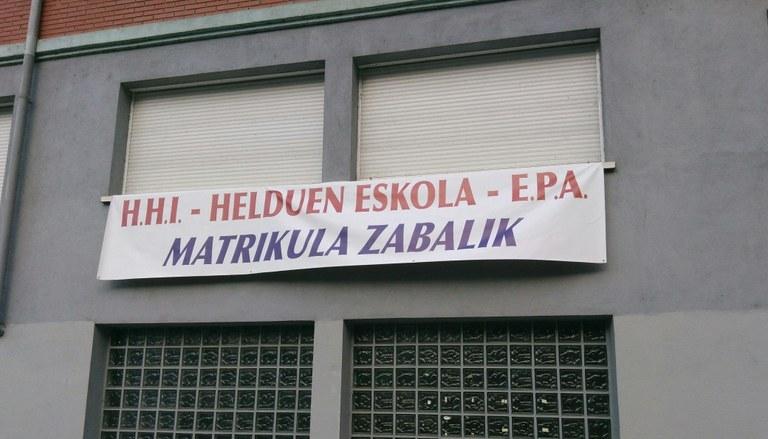 Campaña de matriculación en el centro de EPA