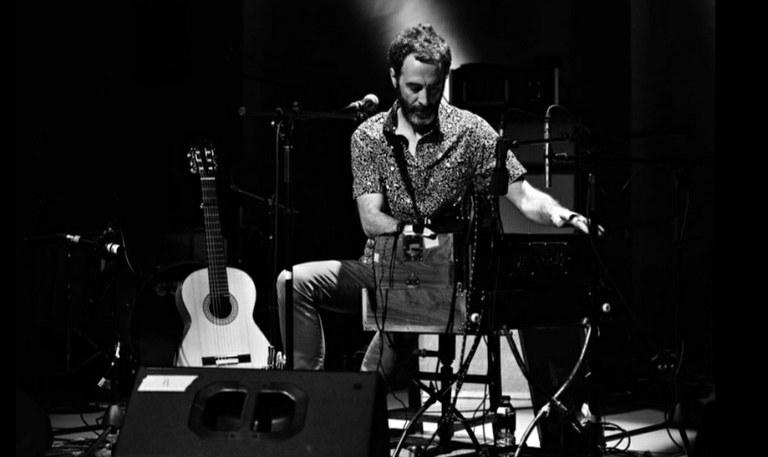 Concierto del cantautor Iban Urizar