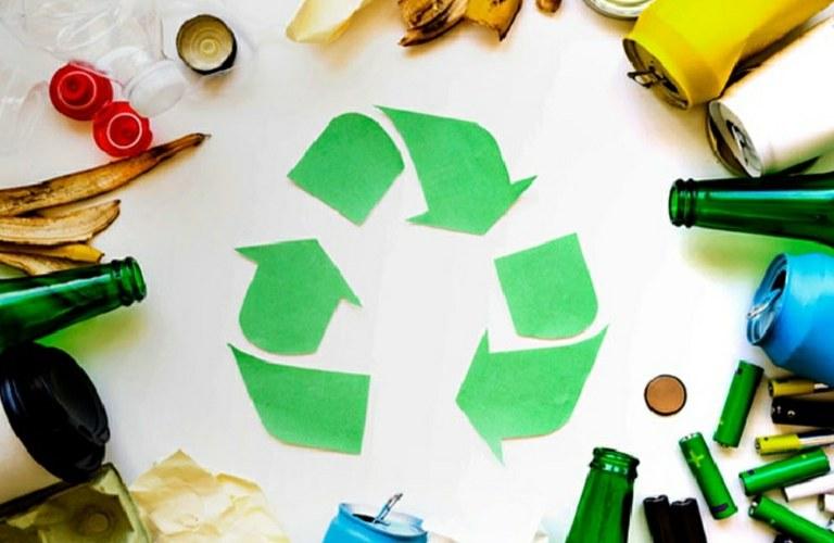 ¡Este verano también, recicla!