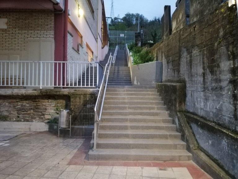 Finalizadas las escaleras del colegio