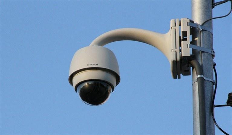 Instalación de dos videocámaras