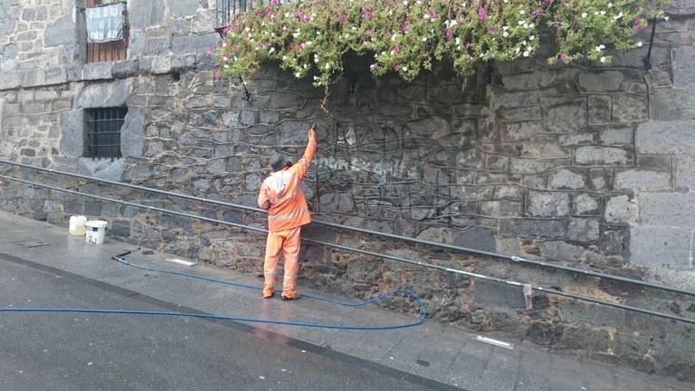 Limpieza de la fachada del ayuntamiento