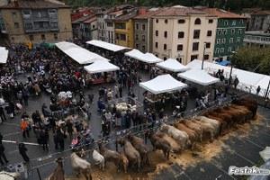 Reunión para valorar la Feria de Gaztañerre